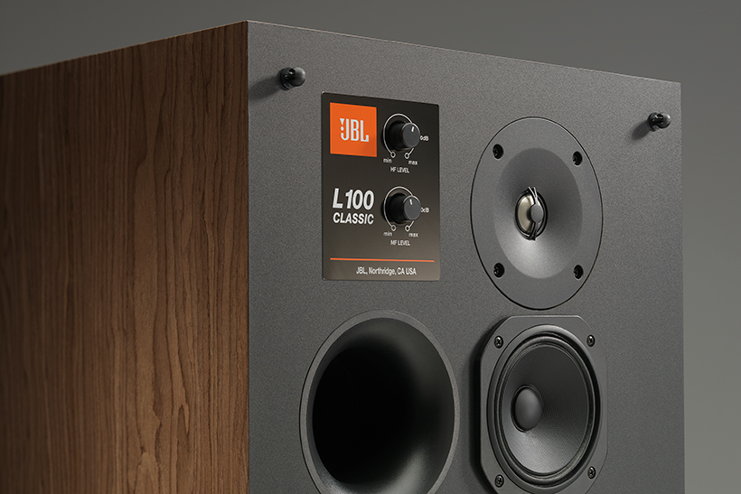 Harman-JBL-L100_Detail-A_RT.jpg